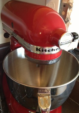 red kitchen aid